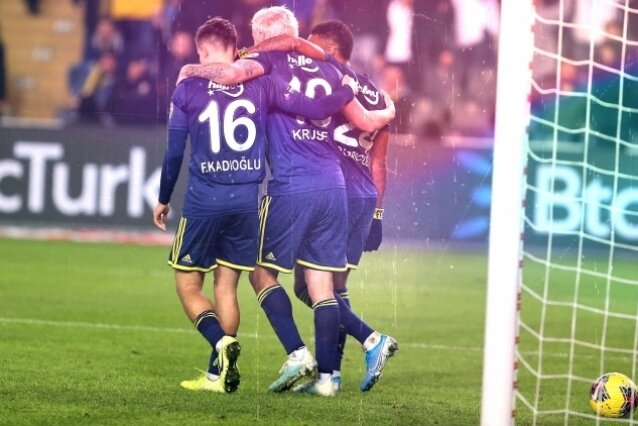 Fenerbahçe'de Max Kruse çıkmazı!